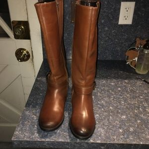 Clarks Women's Brown Leather Plaza Steer Tall Boot